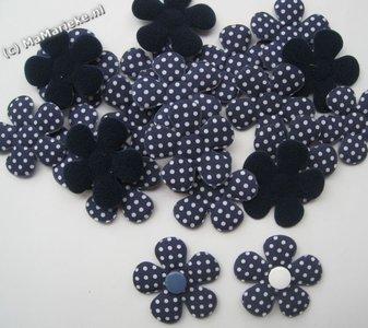 Blauwe bloem applicatie met stippen, groot